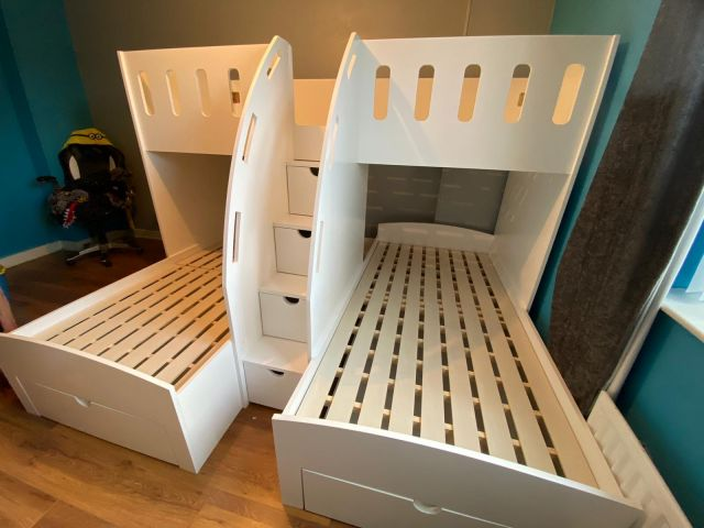 kids triple bunk
