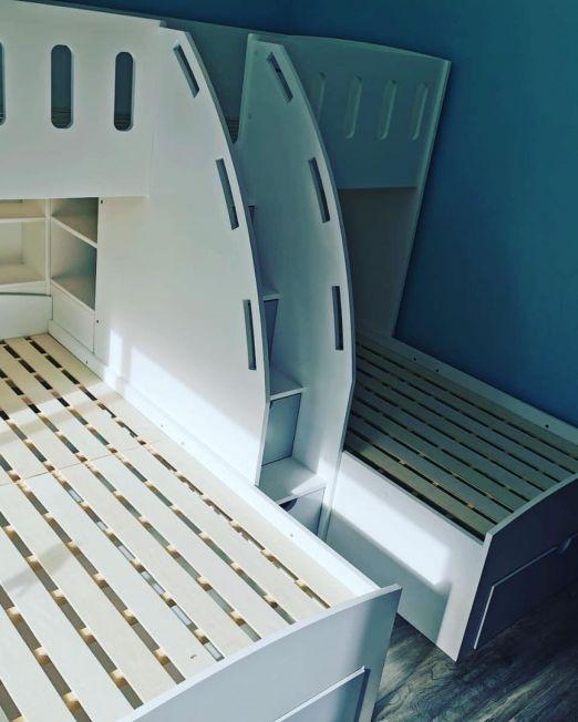 triple beds